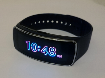 galaxy_gear_fit_in2mobile_clock_style_1