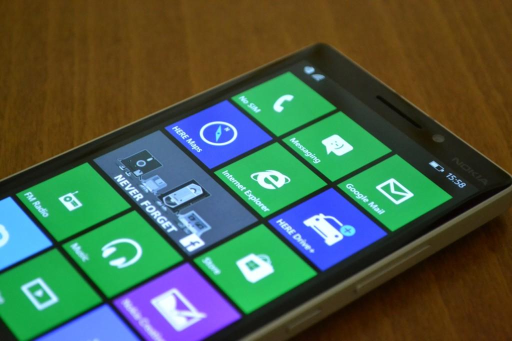 lumia-930-in2mobile-screen-upper
