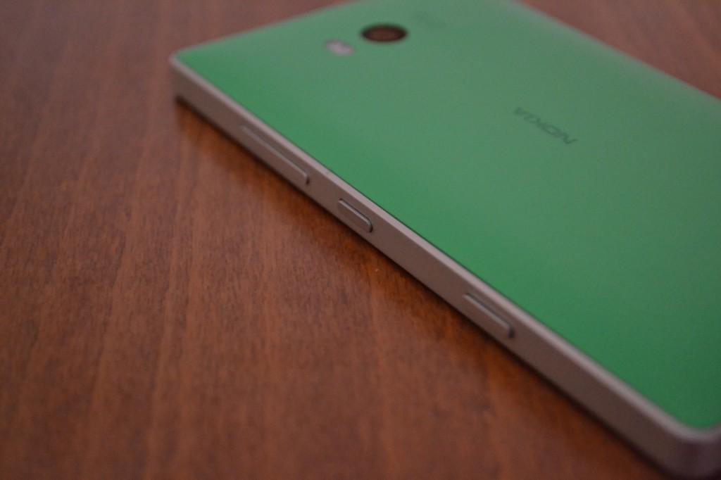 lumia-930-in2mobile-side-keys