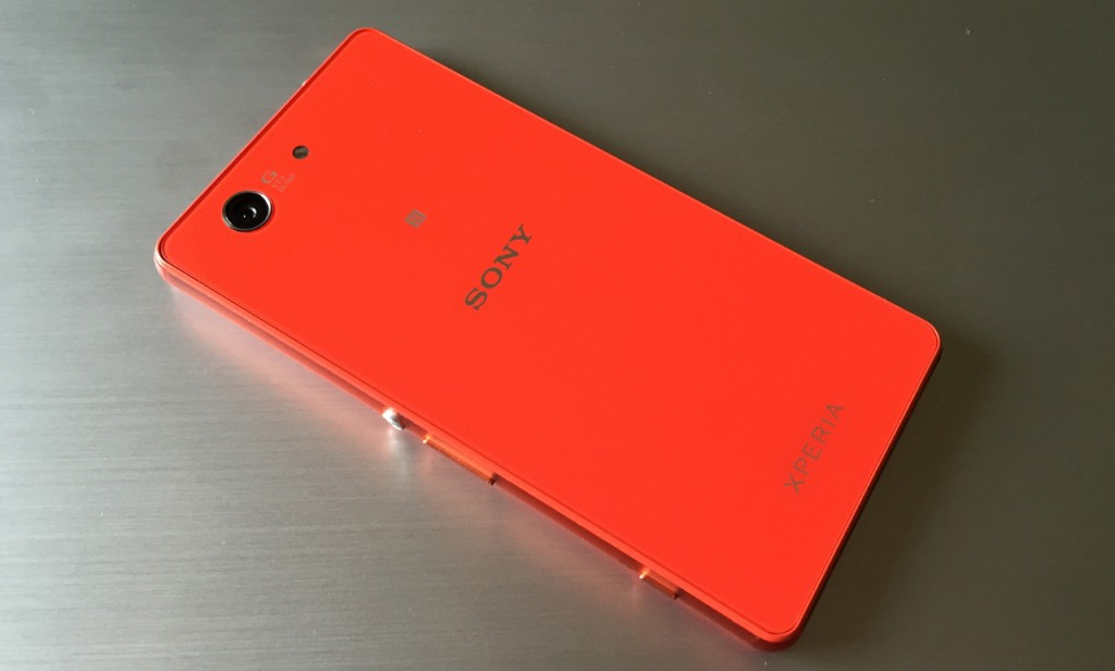 z3-compact-in2mobile-design (10)