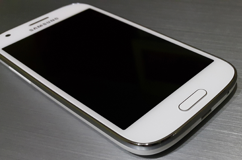 galaxy-ace-4-in2mobile-featured-front-full-3