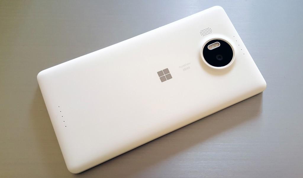 lumia-950-xl-in2mobile-design (1)