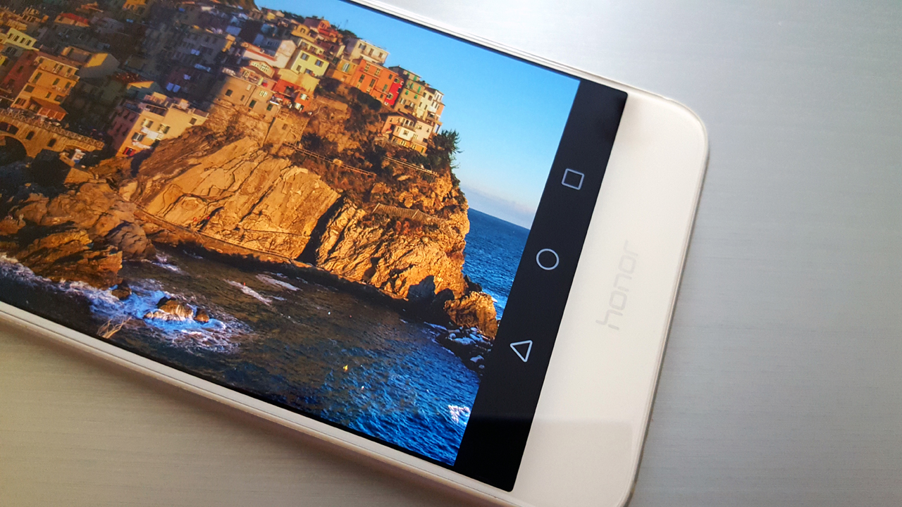 Huawei Honor 8 Review: Χωρίς ανταγωνισμό