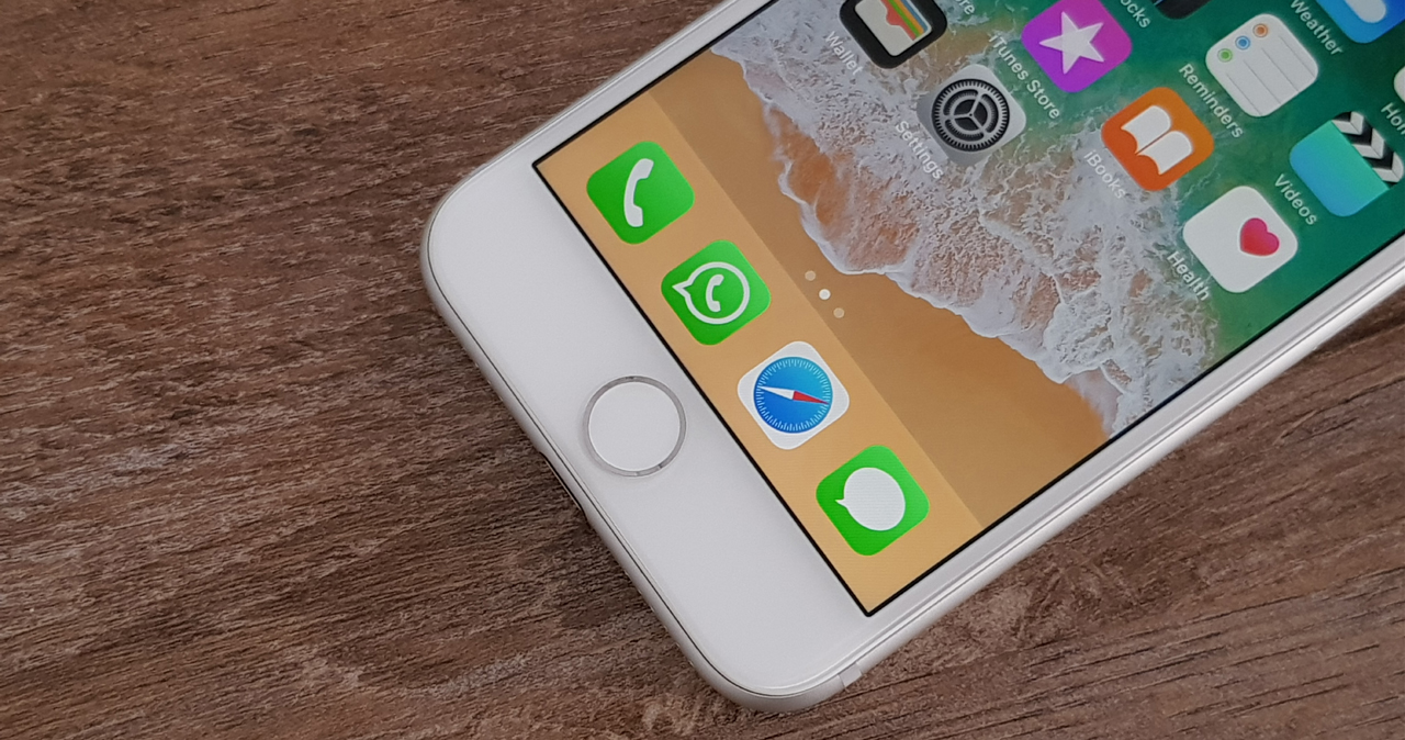Apple iPhone 8 Review : Παλιό και νέο ταυτόχρονα