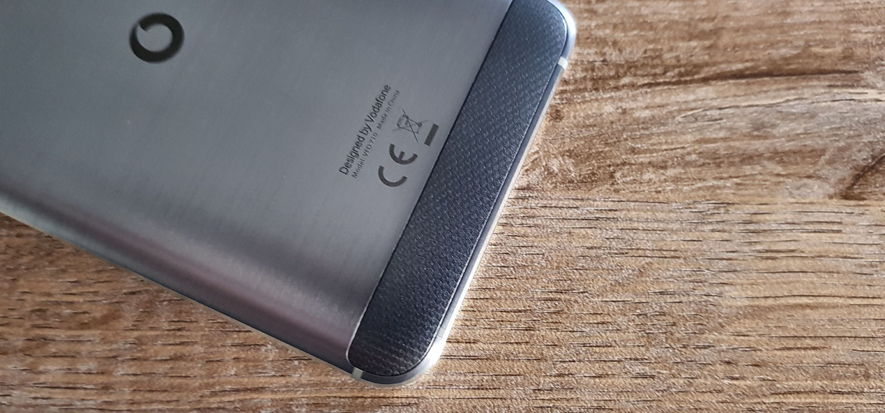 Vodafone Smart V8 Review